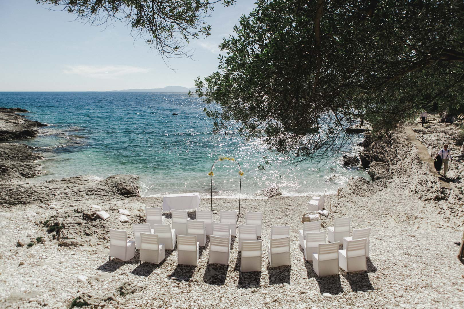 Mekicevica beach wedding hvar
